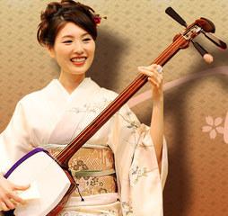 ◇津軽三味線◇独特の音色を奏でる日本の伝統楽器♪入会時楽器プレゼント!※オンライン対応可